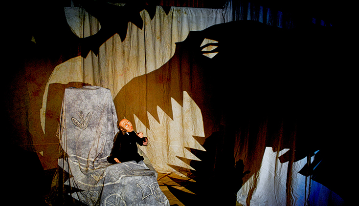 Clydebuilt Puppet Theatre - Dinosaur Detectives 72dpi