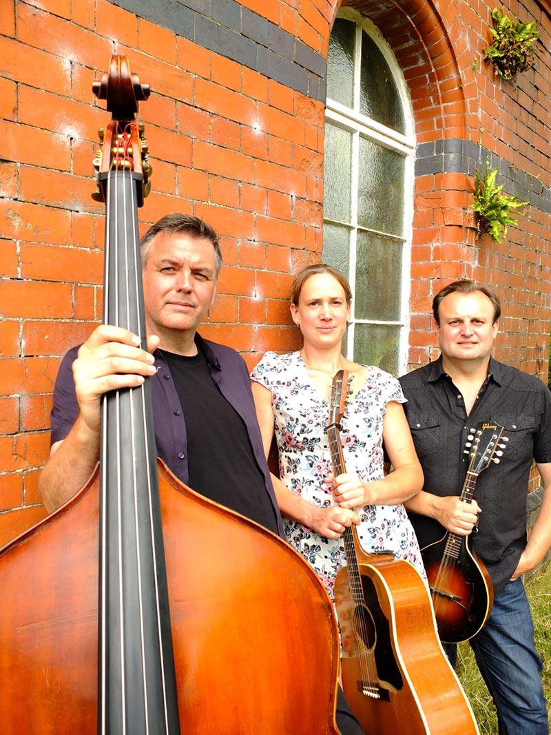 Vera Van Heeringen Trio low res